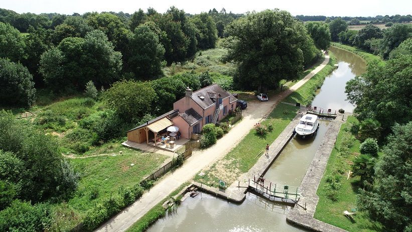 Maison éclusière La Cueilleuse - Canal de Nantes à Brest